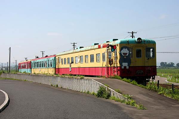 弘 南 鉄道 黒石 線